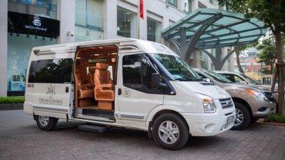 Luxury Mini Van 6